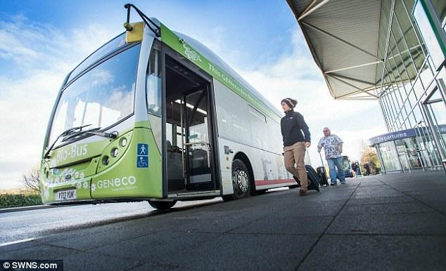 Évi 10 000 ember a biogázzal működő busz vonalán