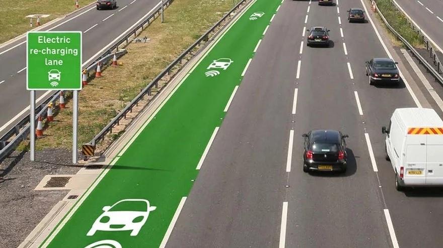 Töltősáv az elektromos autó részére az Egyesült Királyságban.
